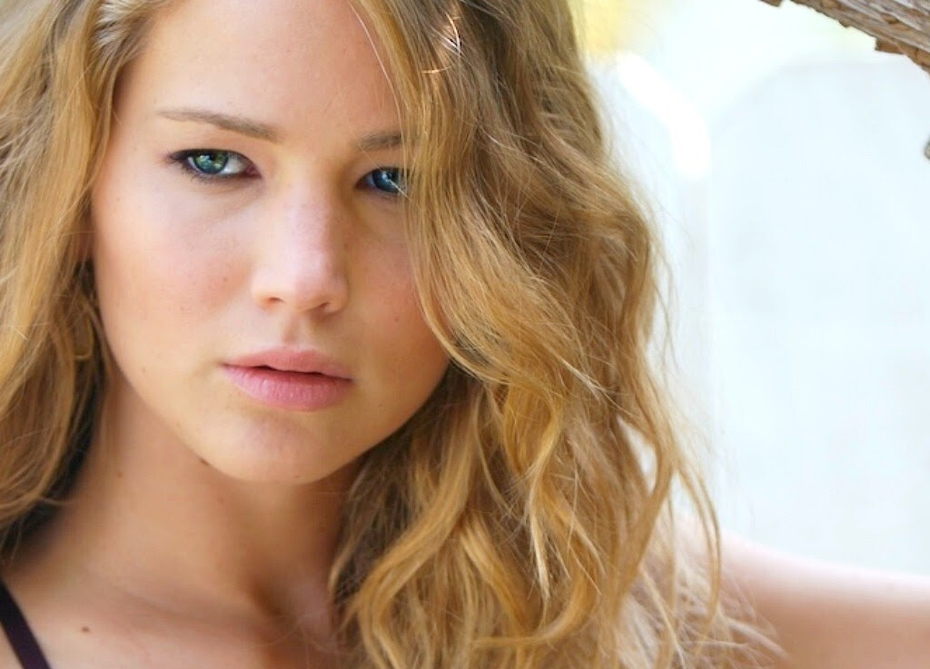 When looking at Jennifer closer, you are certainly going to say Jennifer is an actual angel due to her perfect skin, lovely eyes, and absorbing appearance
